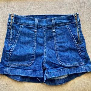 Size 26- Levi Blue Jean Shorts
